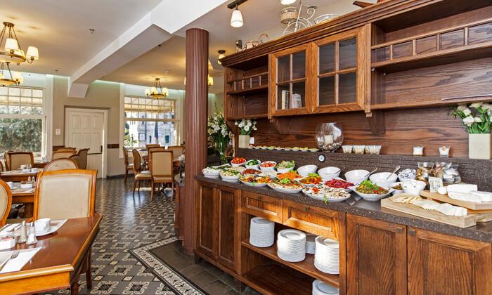 5 ארוחת בוקר כשרה במלון הבוטיק קולוני בחיפה