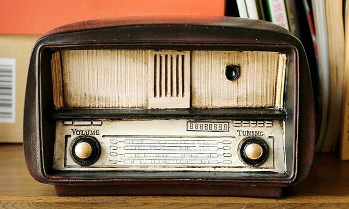 3 רדיו וינטג' לעיצוב הבית
