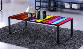 שולחן סלון צבעוני מזכוכית