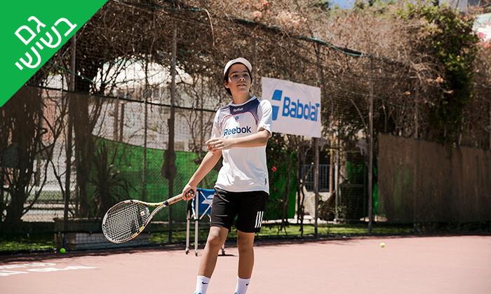 4 השכרת מגרש ושיעורי טניס בגולדן טניס, נתניה
