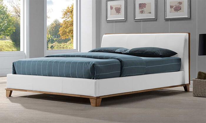 5 שמרת הזורע: מיטה זוגית מרופדת