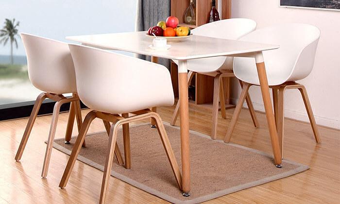 4 כסא בעיצוב מעוגל