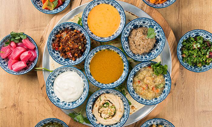"""3 ארוחה במסעדת """"צ'ומה"""" הכשרה בגן העיר, ת""""א"""