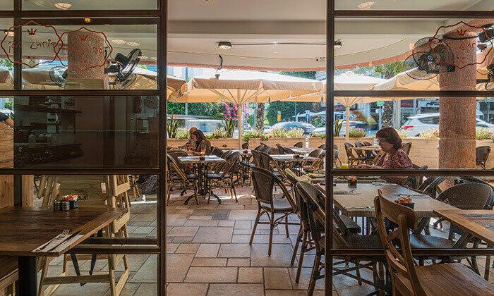 5 ארוחת בוקר זוגית בקפה נמרוד, אבן גבירול תל אביב