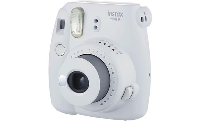 5 מצלמת Fuji Instax