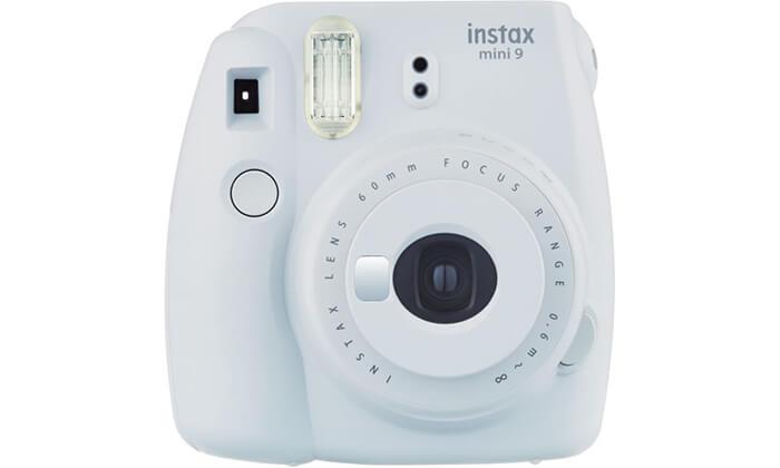 6 מצלמת Fuji Instax