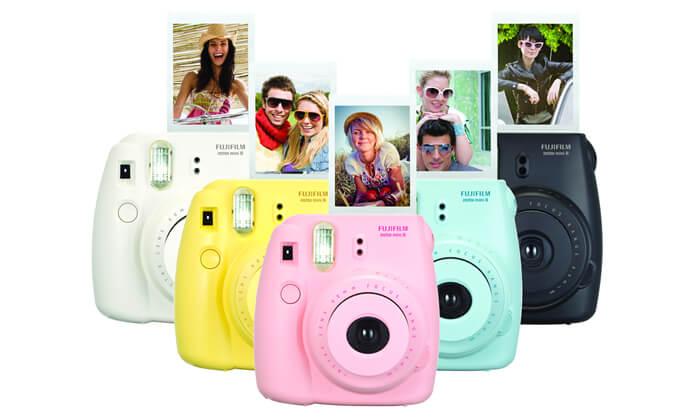 2 מצלמת Fuji Instax